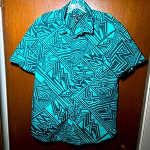Forever 21 men's short sleeve button up shirt